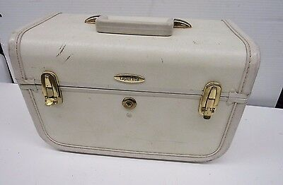 Vintage 1950s Small Blue Train Makeup Case Luggage Taperlite With Tray t34