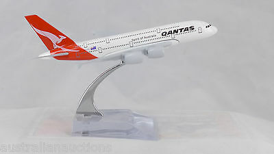 QANTAS  DIECAST A380 METAL PLANE AIRCRAFT MODELS ON STAND 14cm  AEROCRAFT