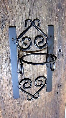 Vintage Wrought Iron Hanging Planter Pot Holder Home & Garden Display Rack Stand