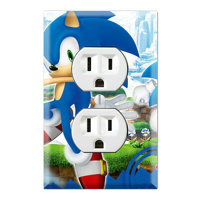 Sonic Hedgehog Decorative Duplex Receptacle Outlet Wall Plate Cover GA04