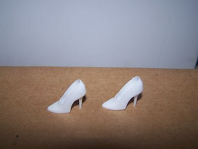 Barbie DANCING DOLL Closed Toe WHITE Shoes SPIKES High HEELS #1626 Vintage REPRO