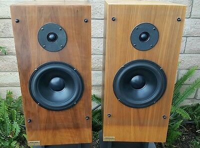 JSE INFINITE SLOPE Speakers Pair Rare