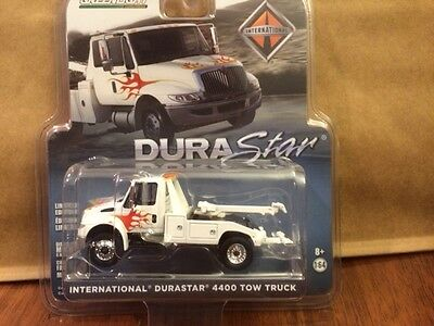 Greenlight  2013 International 4400 Durastar Wrecker  Tow Truck  white w/ flames