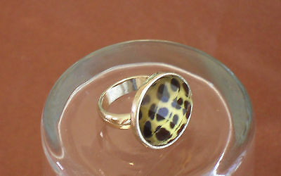 Vintage Lucite Gold Tone Faceted Leopard Animal Print Ring Size 5