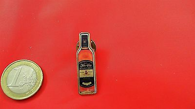 Flor de Cana 5 Black Label PIN Badge Flasche Anstecker