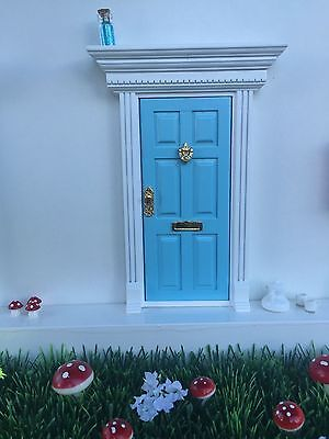 Blue Wooden Fairy Door with Magic Key and Fairy Dust