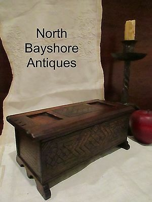 Antique 1800 New England Carved Walnut Wood Painted Miniature Blanket Chest aafa