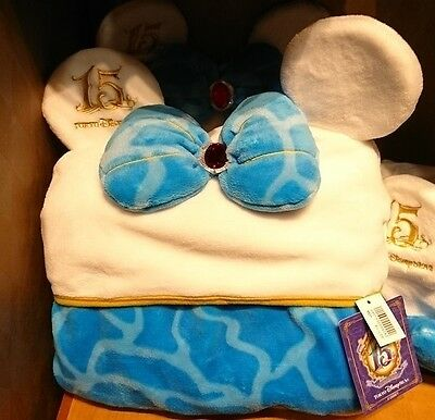 New 2016 Tokyo Disney Sea 15th Limited blanket Minnie Mouse White Blue Japan
