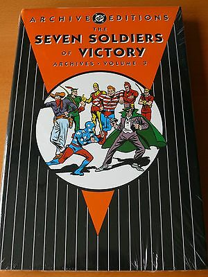 """DC Archive Editions """" Seven Soldiers of Victory """" Vol 3   Mint"""
