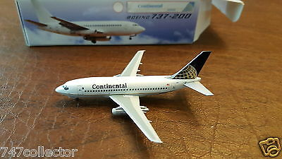 Aeroclassics Continental Airlines B 737-291 1:400 ACN15255 1991s Colors N15255