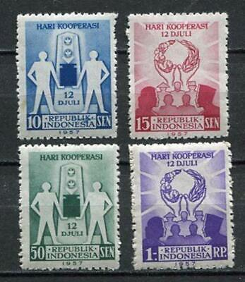 38145) INDONESIA 1957 MNH** Co-operation day 4v