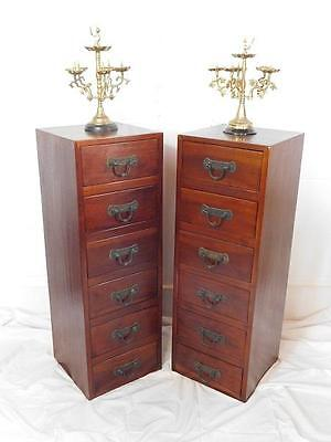 A Lovely Sized Pair Of Slim Chests Of Drawers In The Antique Manner