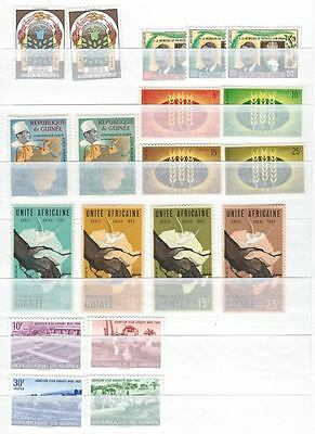 20849) REP. DE GUINEE Collection 1960/62 MNH** All complete sets