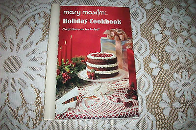 Mary Maxim Holiday Cookbook Christmas with Craft Patterns VGC