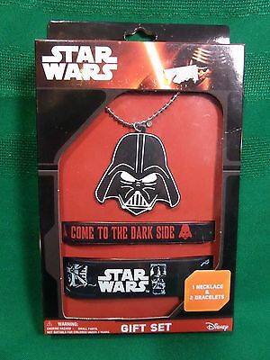 NIP Star Wars Gift Set Necklace Bracelet Disney