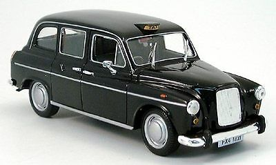 revell austin fx 4 london taxi 1 24 in unge ffneter ovp. Black Bedroom Furniture Sets. Home Design Ideas