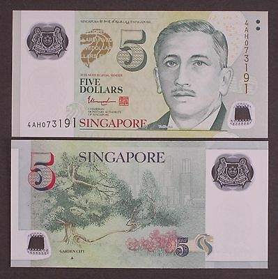 Singapore 5 Dollars, 2014 P-47 Garden City Full Triangle Polymer Unc