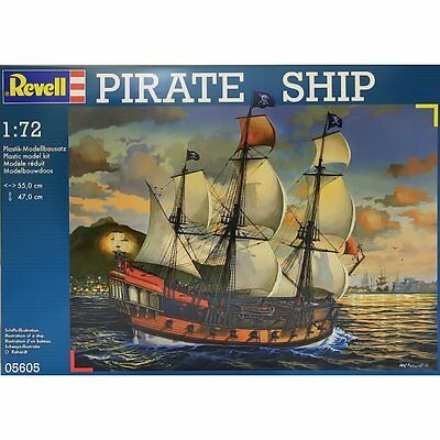 Pirate Ship Kit Revell 1:72 RV05605 Model