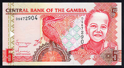 Gambia 5 Dalasis UNC African Note P. 25  Prefix D ND 2006