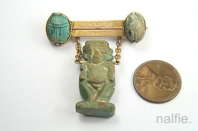 ANTIQUE 15K GOLD ANCIENT EGYPTIAN FAIENCE SCARAB / DEITY SOUVENIR BROOCH c1900