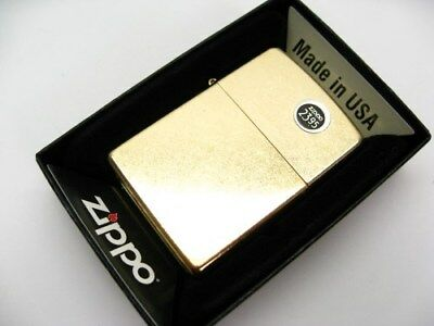 ZIPPO Full Size GOLD DUST Classic Windproof Lighter New! 207G