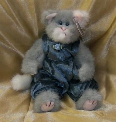 """NEW 1993 TY ATTIC Plush Gray  9"""" Jointed WHISKERS The KITTY CAT Aqua Eyes Outfit"""