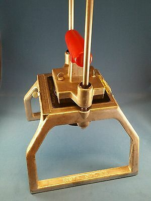 Lincoln REDCO INSTACUT Wedge Vegetable Fruit Tabletop 8 Section Cutter 15010