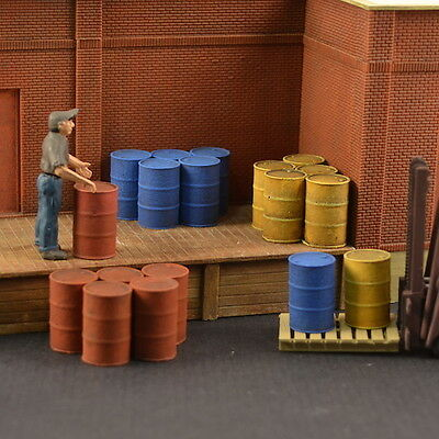 #O021 O Plaster Oil Drums 6 pcs On3 Produits MP diorama caisse