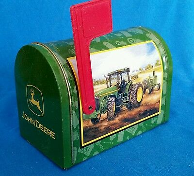 John Deere Mini mailbox, collectable