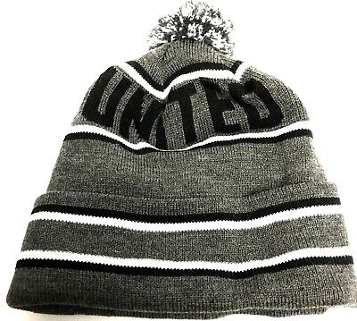 United Bobble Hat Thicker warmer than the average football hats