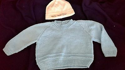 vintage look thick soft knitted jumper 56cm chest  blue + train car  beanie
