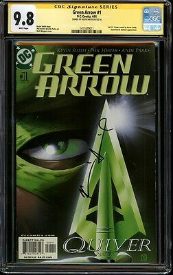 CGC SS 9.8 Green Arrow 1 Signed by Kevin Smith Very rare signature