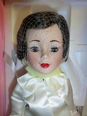 """Madame Alexander 18"""" PORCELAIN Doll - JACKIE KENNEDY from DANBURY MINT Exclusive"""