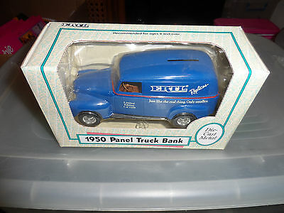 ERTL Replicas 1950 Ford Panel Truck Just Like The Real Thing Only Smaller 1/25