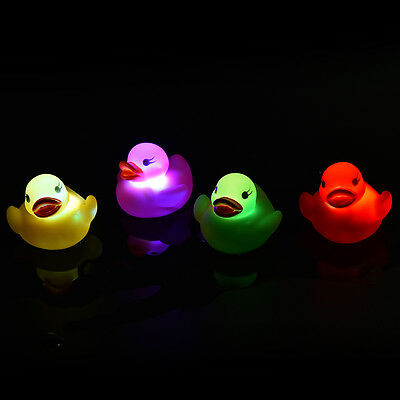 LED Flashing Light rubber floating Duck with Bath Tub Shower Toy for Kids Toy FM