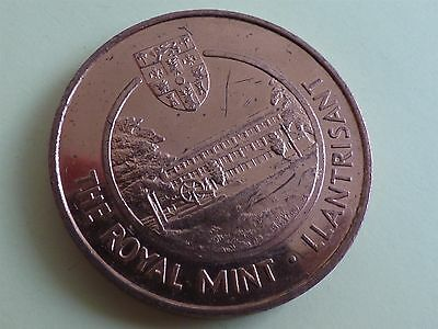 The Royal Mint Llantrisant Young Collectors Club Token/ Medal (myrefn27H)