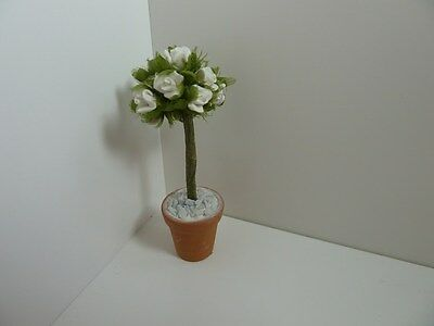 Dolls House Miniature 1:12 Scale Garden Handcrafted White Flowers