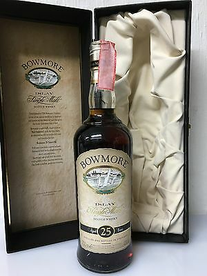 Bowmore  25 years old Islay Single Malt Scotch Whisky 70cl 43% Con Cofanetto