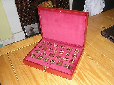 """""""THE EMPIRE COLLECTION"""" Replica SOLID SILVER GILT Stamps INGOTS In Fitted Case"""