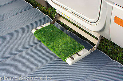 Fiamma Clean Step doormat for Caravan and Motorhome steps in Green (04593-01-)