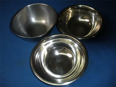 Stainless Steel Mixing Bowls X 3 - 2 Small  Bowls & Juicer