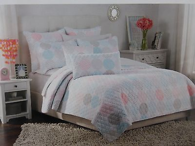 2 pc Authentic Stylish Circular Motion Twin Quilt and Sham Set NIP