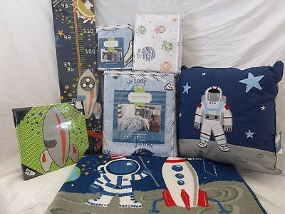 9 pc Charles Street Space Galaxy Planet Rocket Solar System Twin Quilt Set NIP