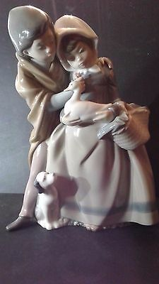 NAO/LLADRO FIGURINE BE MY SWEETHEART Excellent Condition