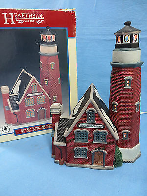 1997 Retired Lemax Hearthside Village 75245 Rocky Point Lighthouse