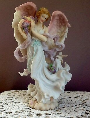 Seraphim Classics Heavenly Harvest Nina #9/1322 1999 Retired