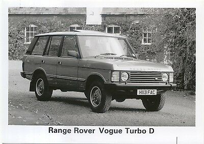 Range Rover Vogue Turbo D H113 FAC Black and White Photo