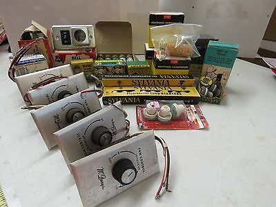 Large Lot of 35 pieces vintage electrical Switches fuses knobs Steampunk   20976