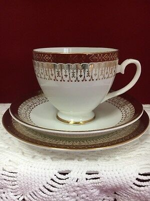 "ROYAL GRAFTON RED AND GOLD ""MAJESTIC"" TRIO - cup, saucer and tea plate"