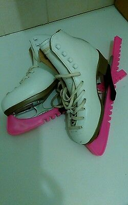 Risport Antea Ladies Ice Figure Skates Size 4 Leather Lined with blade guard